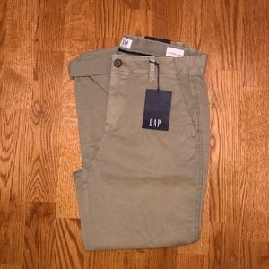 Gap Women's Girlfriend Chino